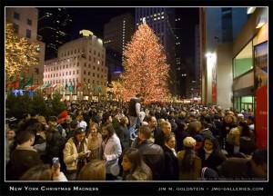 121506_ny_christmas_madnes_532c