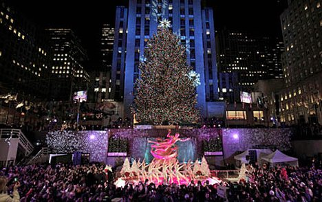 rockerfeller_tree1_428x269_to_468x312